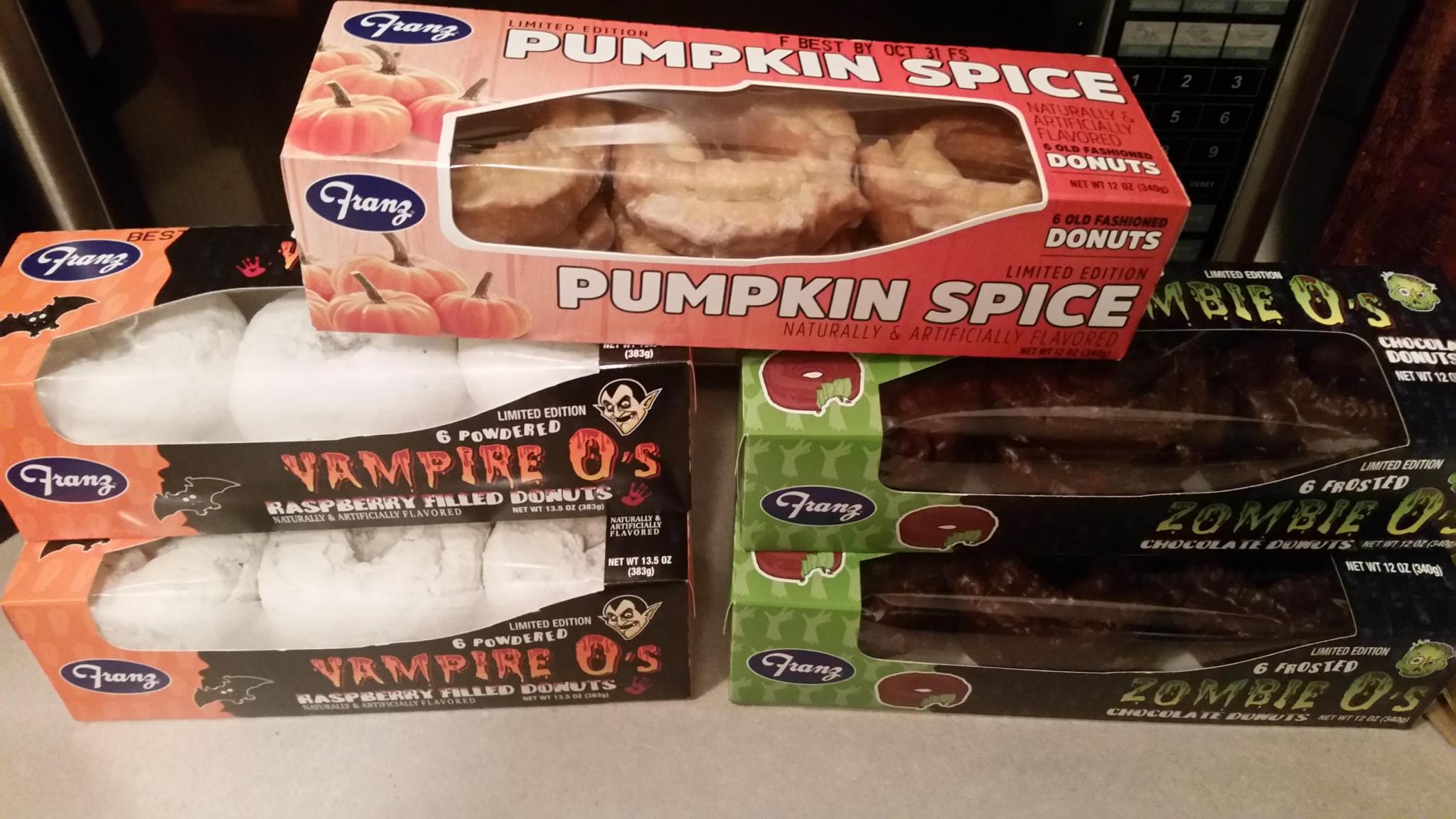 Halloween Donuts-20191014_193123_1571107158630.jpg