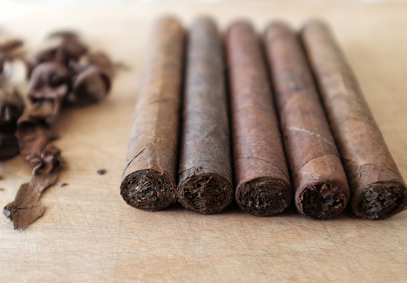 Anyone rolling their own? (Cigars that is)-tuckcut_cigars3.jpg